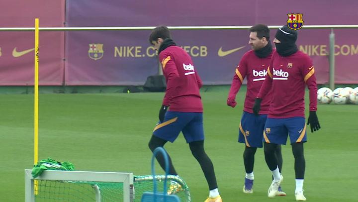 Entrenamiento del FC Barcelona de cara al partido conra el Cádiz