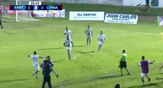 Un autogol tiene al Santos ganándole al Atlético Pinares