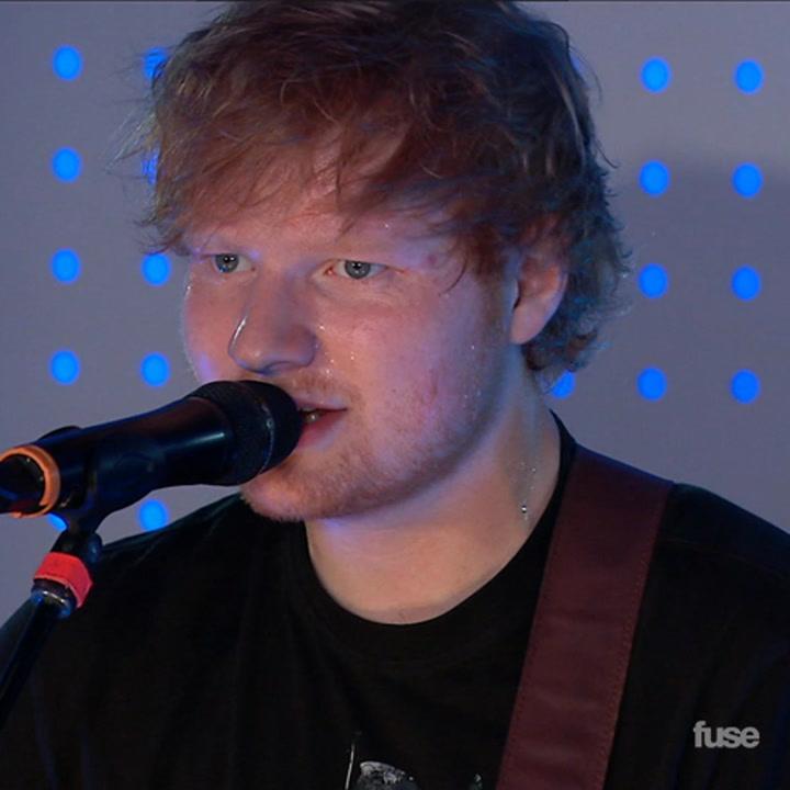 "Ed Sheeran Performs ""The A Team"" At Delta T4X Pop-Up Terminal"
