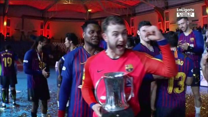 El Barça Lassa levanta la 23ª Copa tras golear al Cuenca