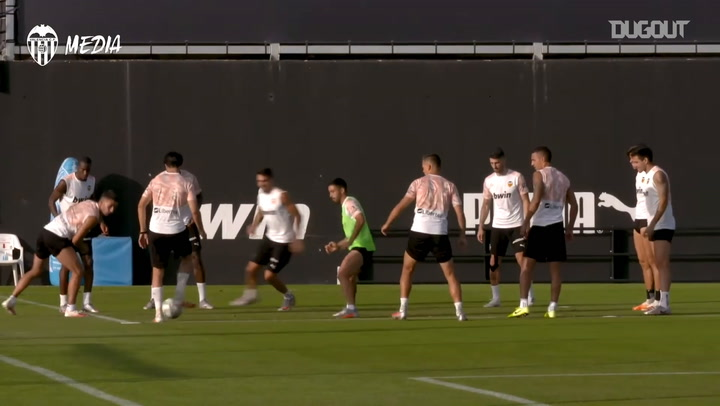 Voro's first training session at Valencia