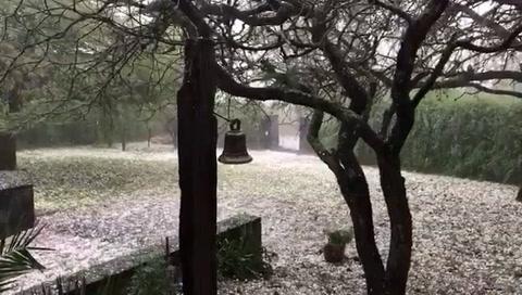 Una violenta tormenta de granizo azotó el sur cordobés