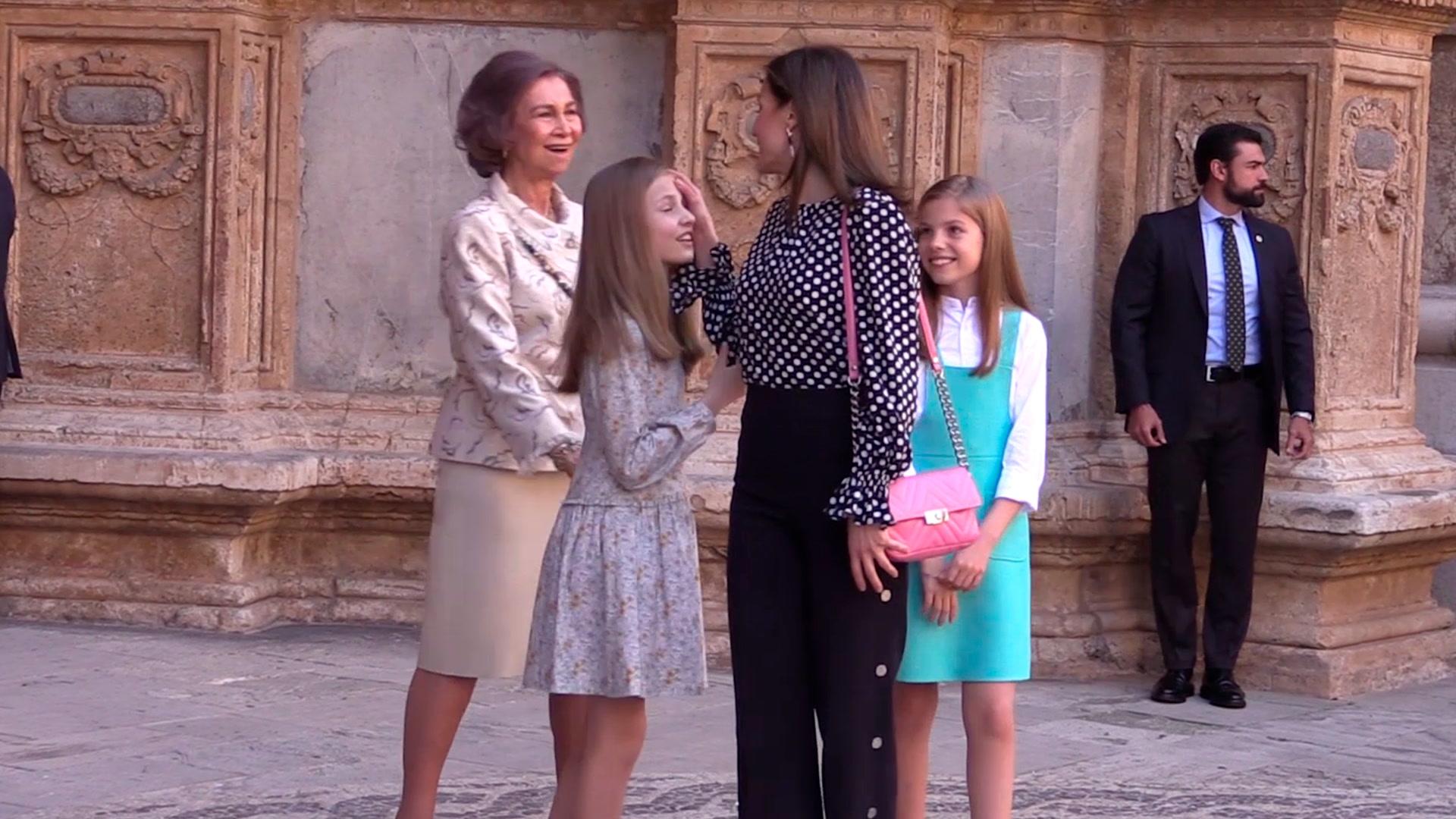 El polémico vídeo de la reina Letizia: El antes, el durante y el después
