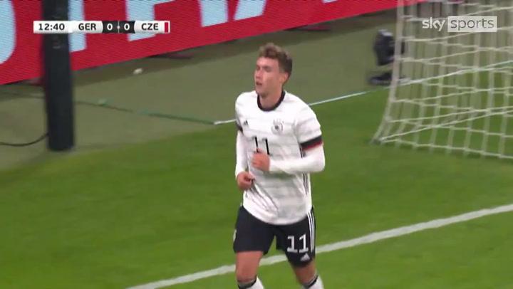 La Alemania B gana gracias a un gol de Waldschmidt (1-0)
