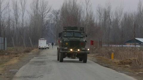 9 muertos en una operación militar contra insurgentes tras el atentado en Cachemira