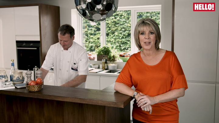 Ruth Langsford teaches us how to make the perfect Young\'s Fish Fingers