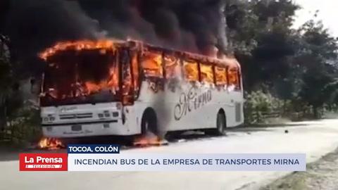 Incendian bus de la empresa de Transportes Mirna en Tocoa, Colón