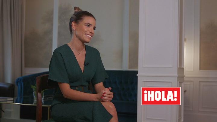 Conoce a Flora González, la bella presentadora con la que viviremos la gala de los Goya en HOLA.com