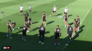¡Auch! Pelotazo donde más duele: lo que sufrió Vinicius en el entreno del Real Madrid