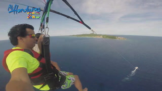 Mi Honduras: Parasailing en West Bay Beach, Roatán Honduras
