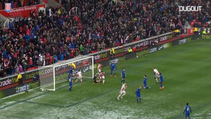 Choupo-Moting equalises against Everton