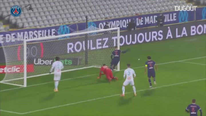 باريس سان جيرمان يهزم مارسيليا ويتوج بكأس السوبر الفرنسي