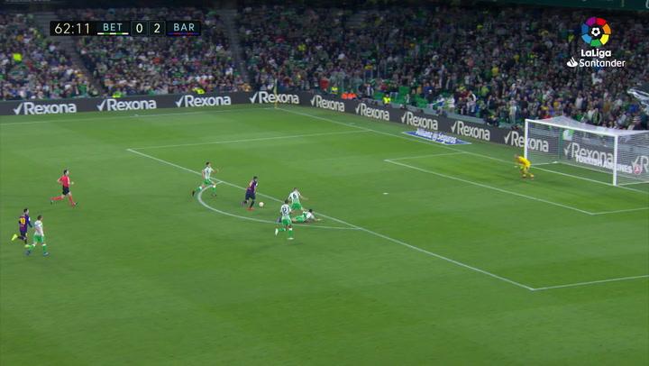 LaLiga: Real Betis - Barça. Gol de Luis Suárez de en el minuto 63 (0-3)