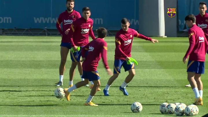 Entrenamiento del Barça previo al partido de Liga ante el Villarreal