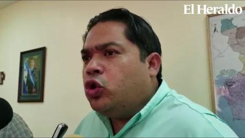 Gobernador exige se castigue responsables de lanzar bomba