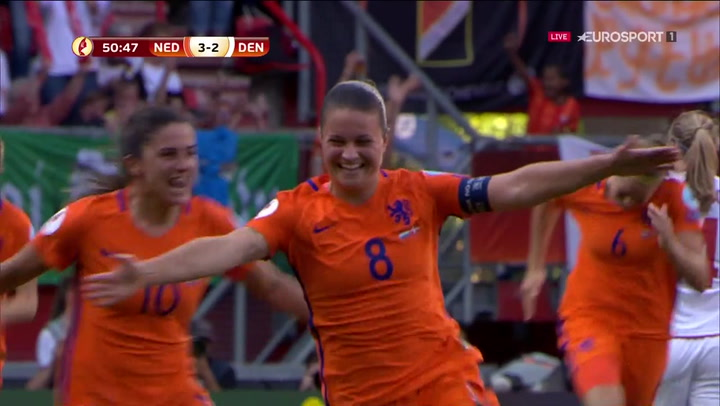 Spitse sparker frispark i kassen og bringer Holland foran 3-2