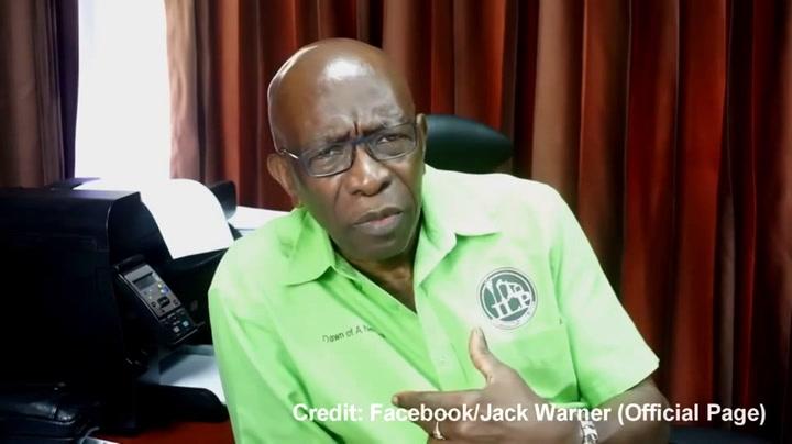 Bekijk de aanval van Jack Warner: