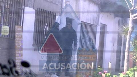 Un policía santafesino detenido por pedirle cinco milanesas de coima a un detenido