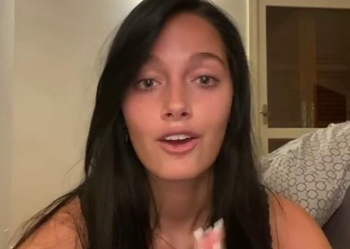 Oriana Sabatini, pareja de Dybala, explicó que ambos están contagiados de coronavirus