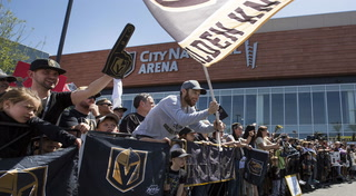 Golden Knights fans see the team off to Los Angeles