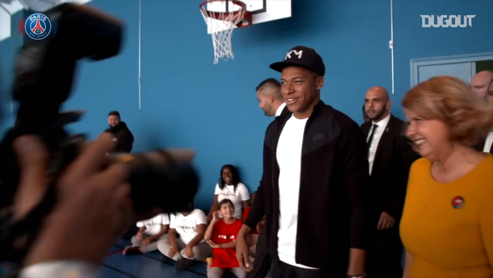 Mbappé Returns To His Hometown