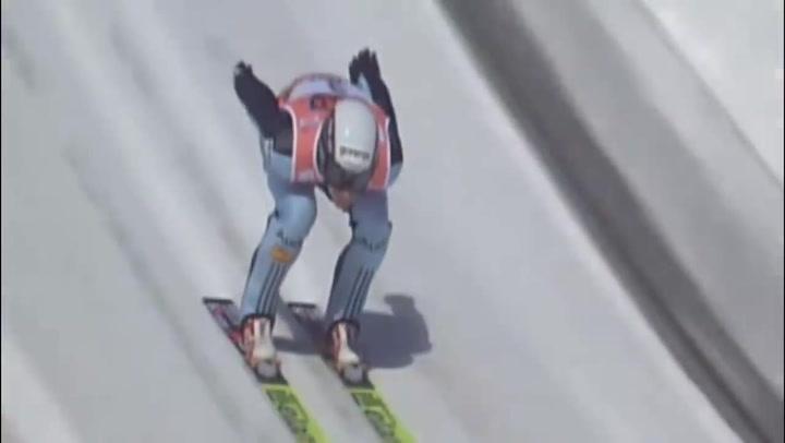 La horrible caída de Roglic cuando era saltador de esquí y que le llevó al ciclismo