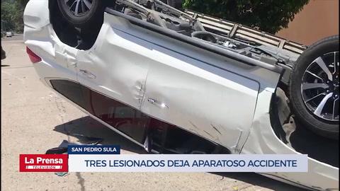 Tres lesionados deja aparatoso accidente en colonia de San Pedro Sula