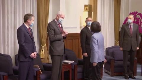 Secretario de Salud estadounidense elogia la democracia de Taiwán en histórica visita