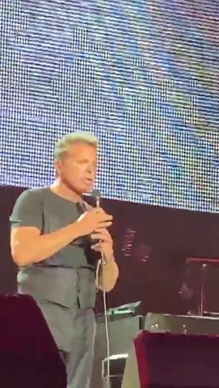 Luis Miguel agredió a técnico durante concierto en Panamá