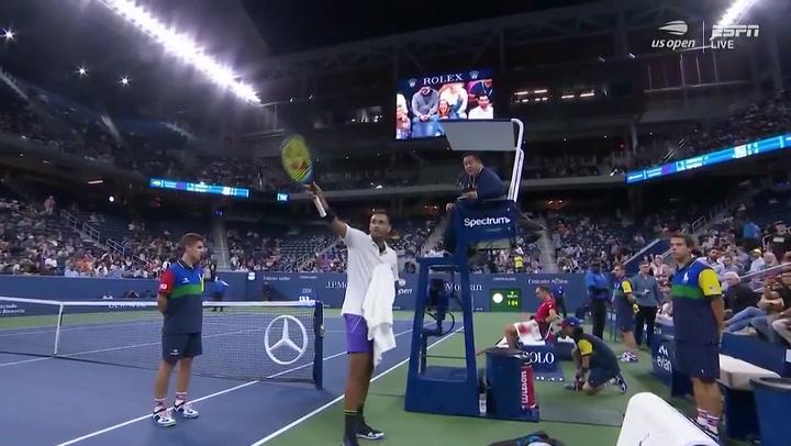 Kyrgios monta otro show antes de meterse en segunda ronda del US Open