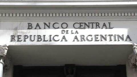 Argentina posterga pago de deuda por el coronavirus