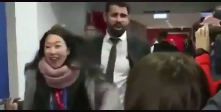 Diego Costa bromeó con el Coronavirus en la zona mixta de Anfield