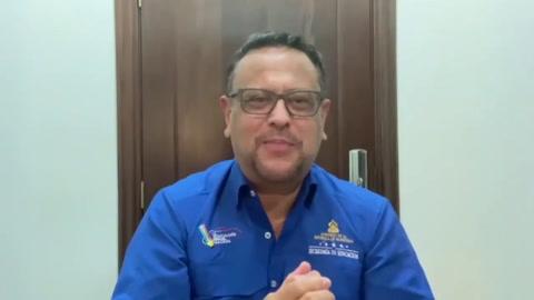 Secretario de Educación, Arnaldo Bueso, explica la extensión del año escolar 2020 (Parte I)