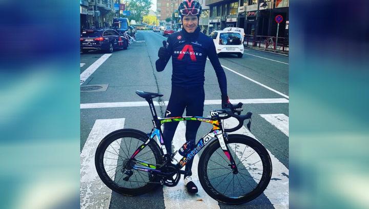 La bici solidaria de Chris Froome que no pasa desapercibida en La Vuelta