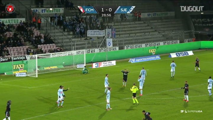 El golazo de Paulinho ante el SønderjyskE