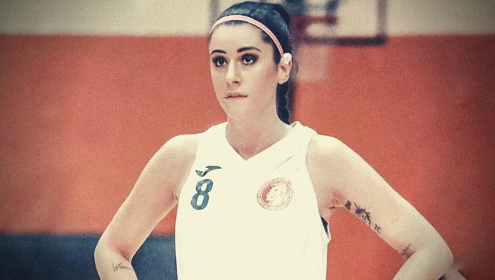Así es Valentina Vignali, la espectacular jugadora de baloncesto italiana