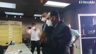 Héctor Velazquez comparece ante la Atic por venta de mascarillas
