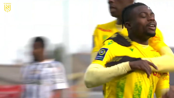 Antoine Kombouaré's first win with Nantes