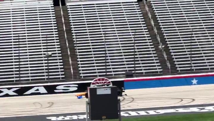 Así rodó Alonso con su coche de la Indy500 en Texas