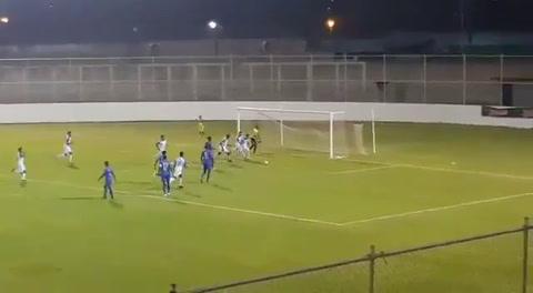 Cristian Cálix anota de penal el primer gol de Honduras ante Belice en sub 19