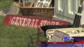 Moorhead Antique Mall holds Flea Fest this weekend