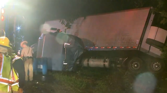 Two tractor trailer accidents cause Maryland traffic delays