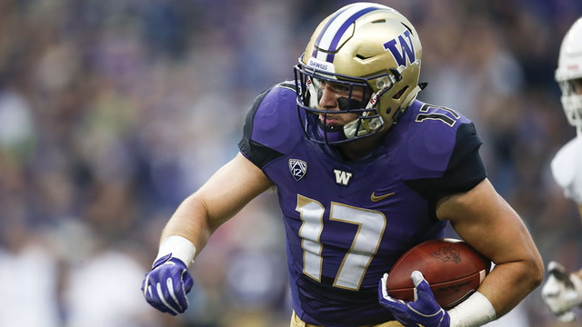 Washington cruises past Fresno State 48-16