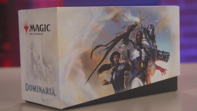 Unboxing the Magic: The Gathering Dominaria Bundle Pack