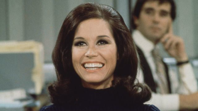 19 Designs From Mary Tyler Moore's Home You Should Consider