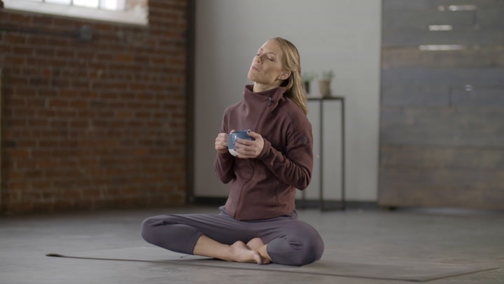 Try This Calming Meditation the Next Time You Need a Detox