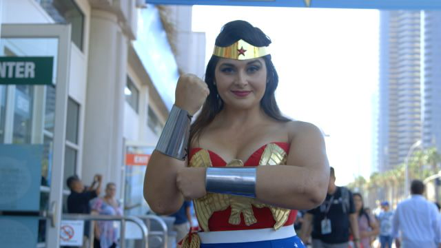The 7 Best Wonder Women at Comic-Con 2017