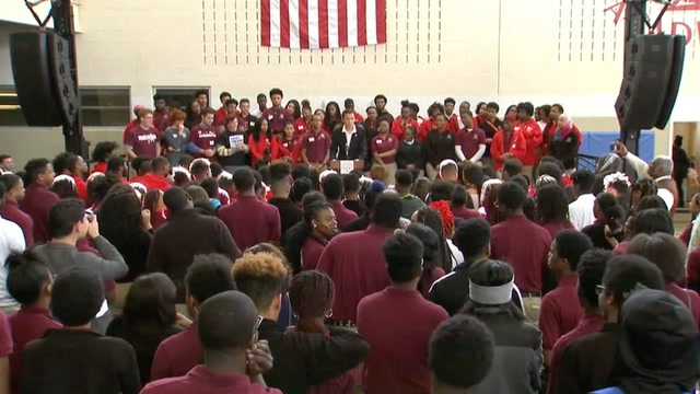 Parkland students participate in #NeverAgain rally at D.C. school