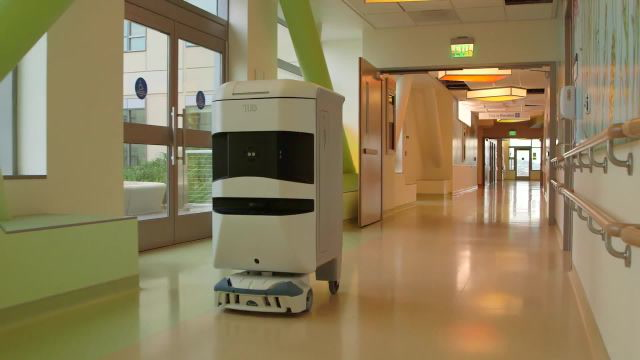 Meet the Clever Hospital Robot That's Helping Save Lives