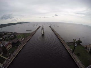 Time-lapse video: Tall Ships Duluth Parade of Sail from the Aerial Lift Bridge